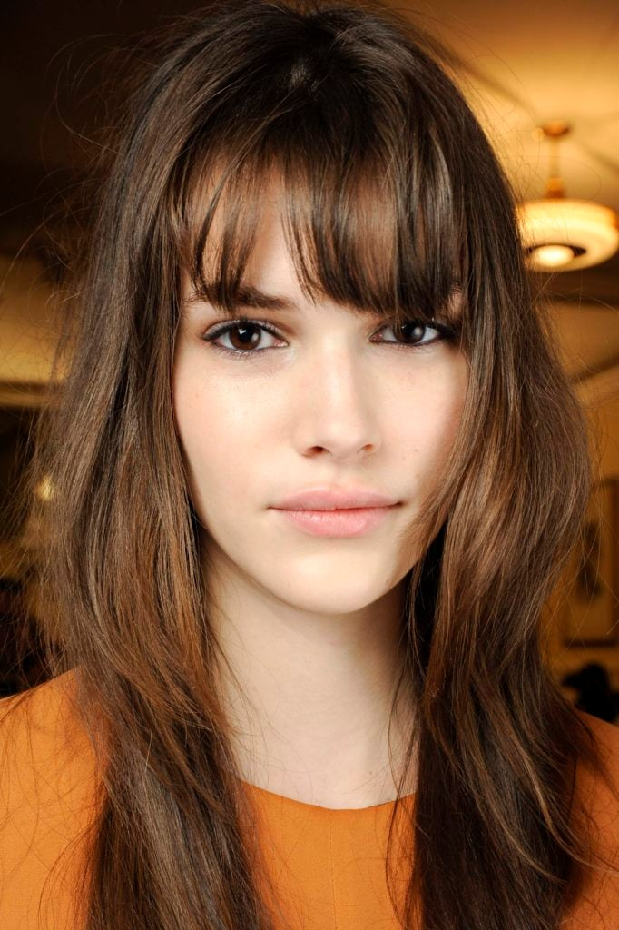 long hairstyles for thin hair sexy fringe on brunette