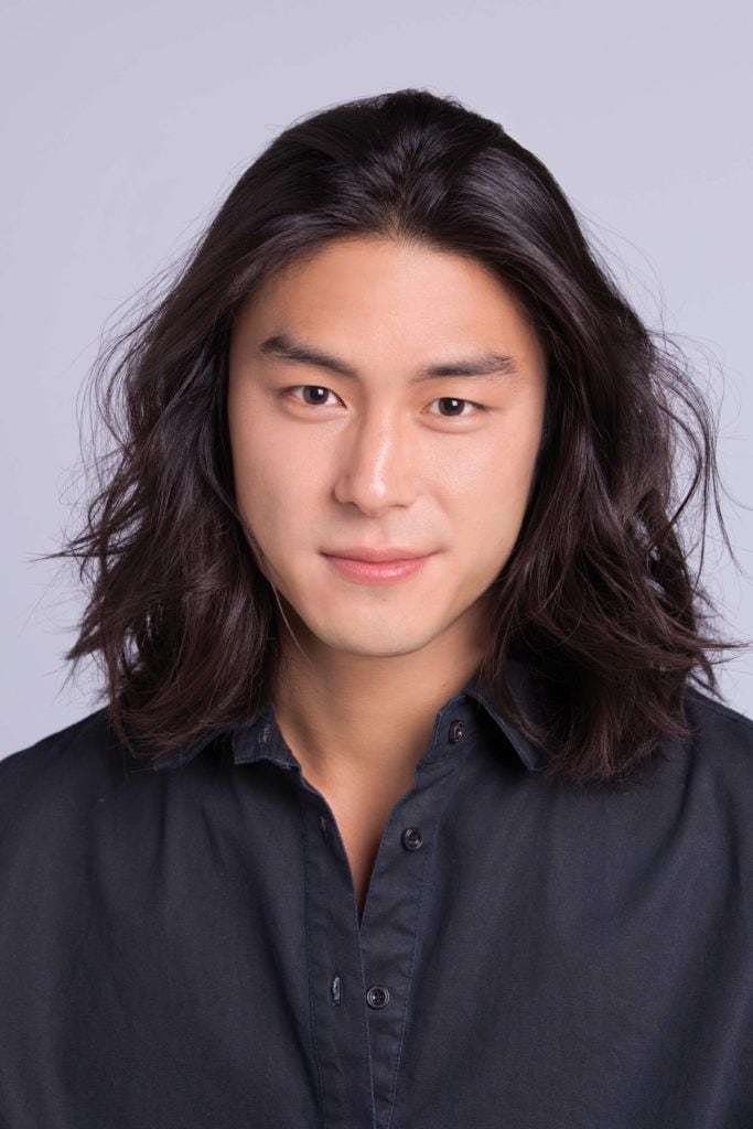 asian man creates cool hairstyles for men final look