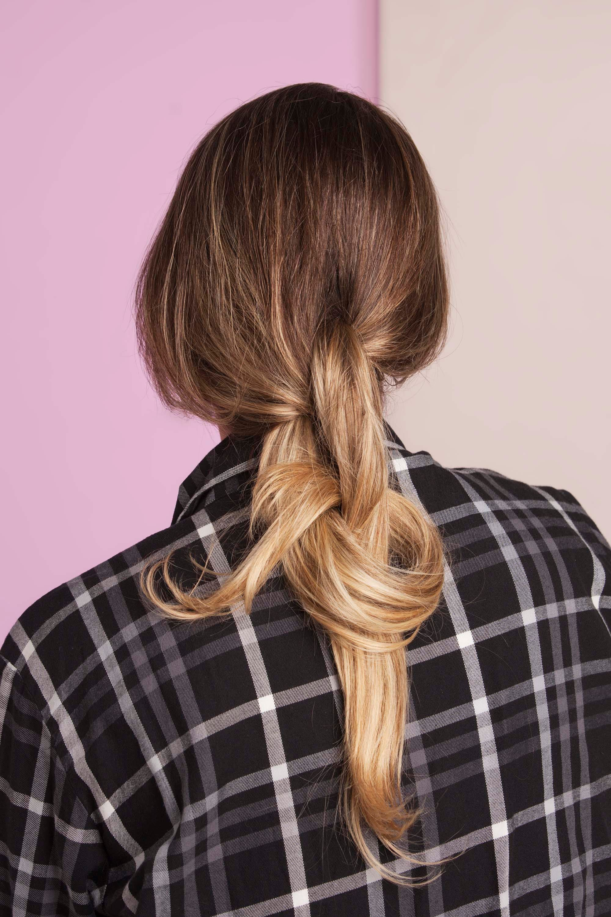 Tutorial: How to Create Double Knot Ponytail Hairstyles