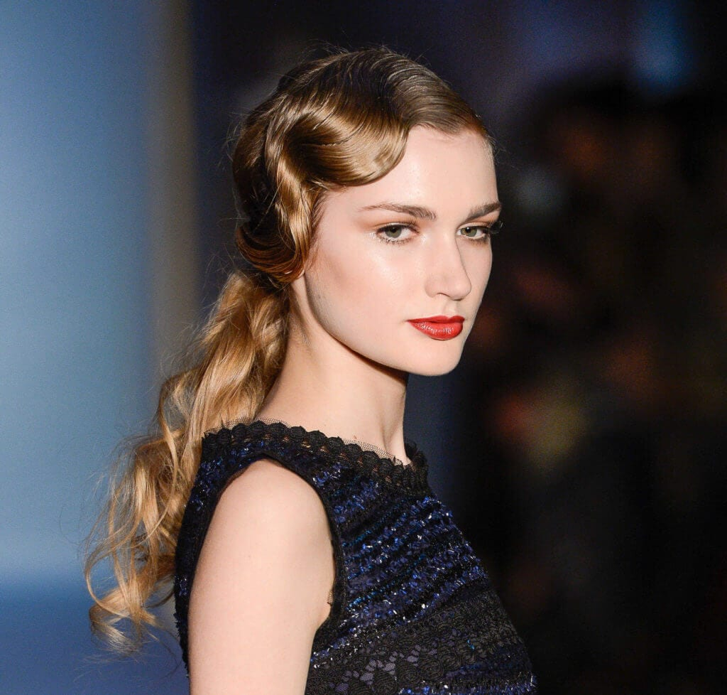 shoulder-length hairstyles for date night finger waves