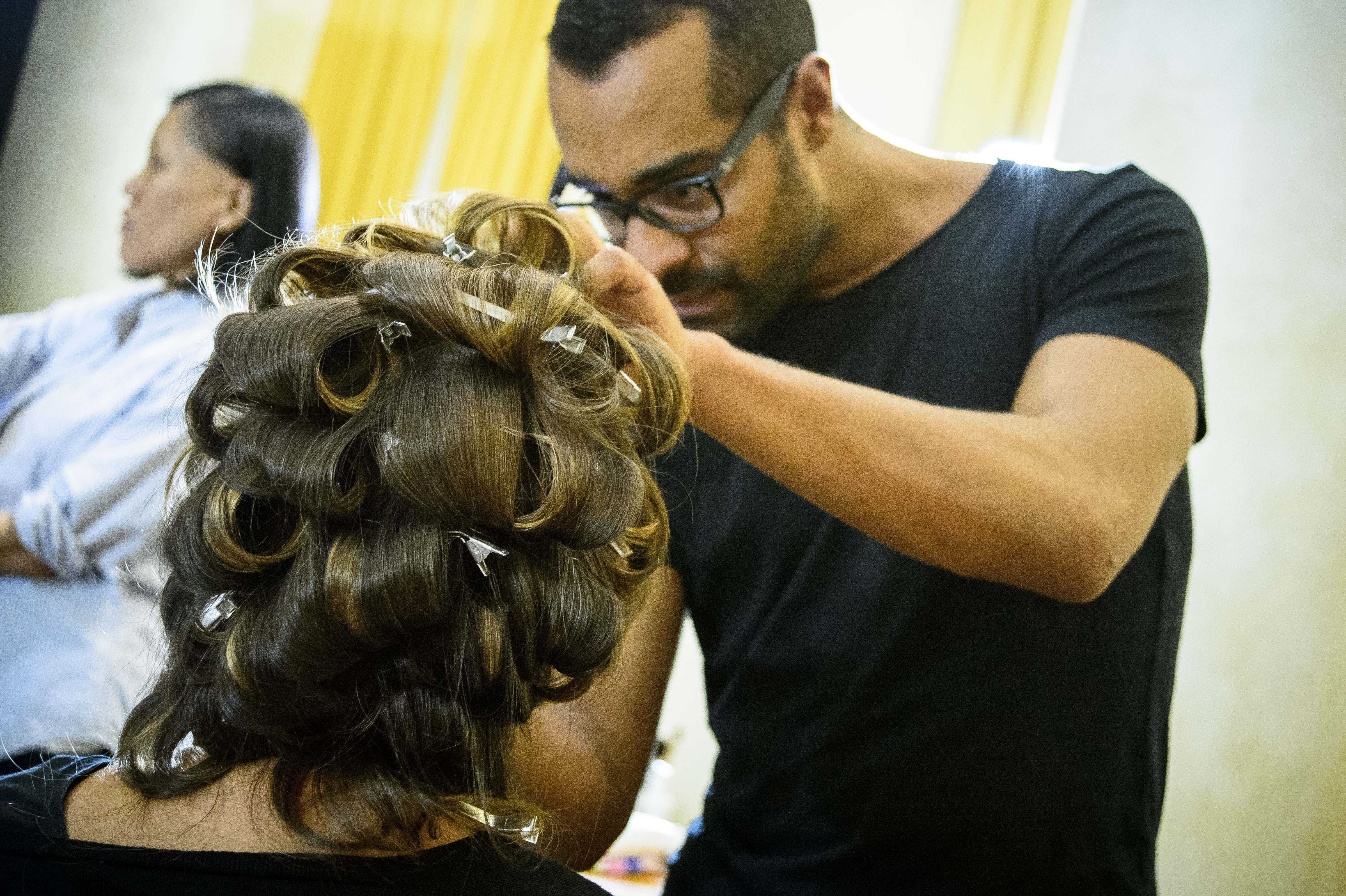 use pin curls to achieve stunning curls