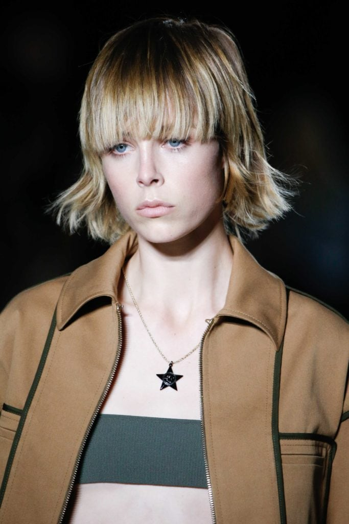 triangle faces blunt bangs blonde shag