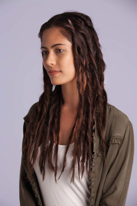 fake dreads - step 7 - final look - woman with fake dreads side view
