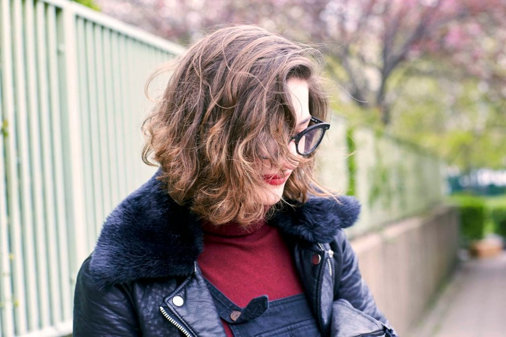 stylish short hairstyles with waves