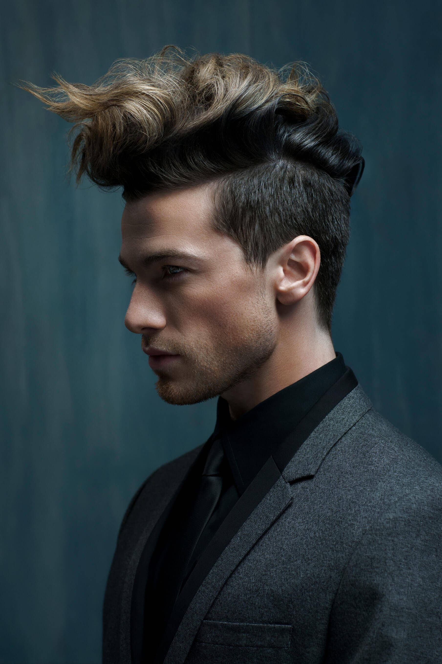 Wavy Quiff For Men How To Style This Non Boring Holiday
