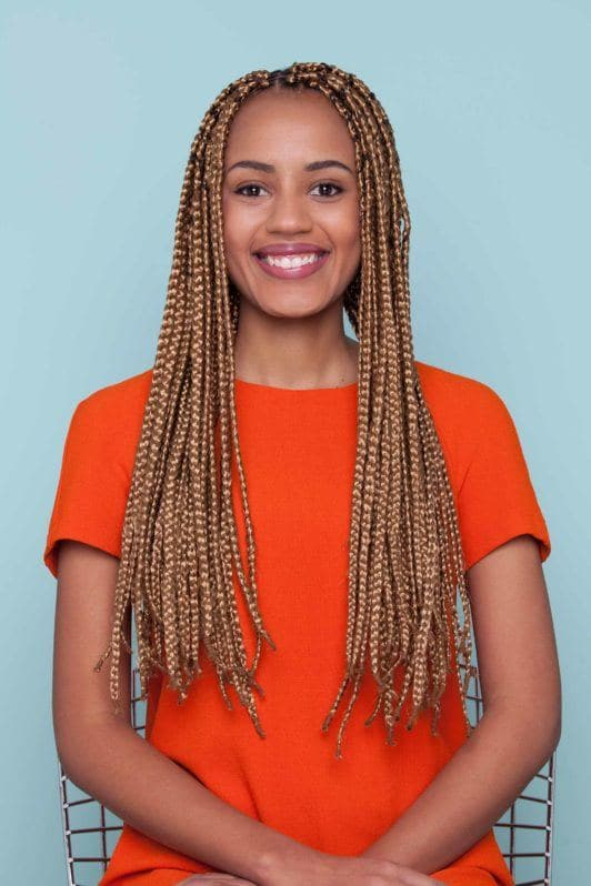 styles with box braids for a bow bun