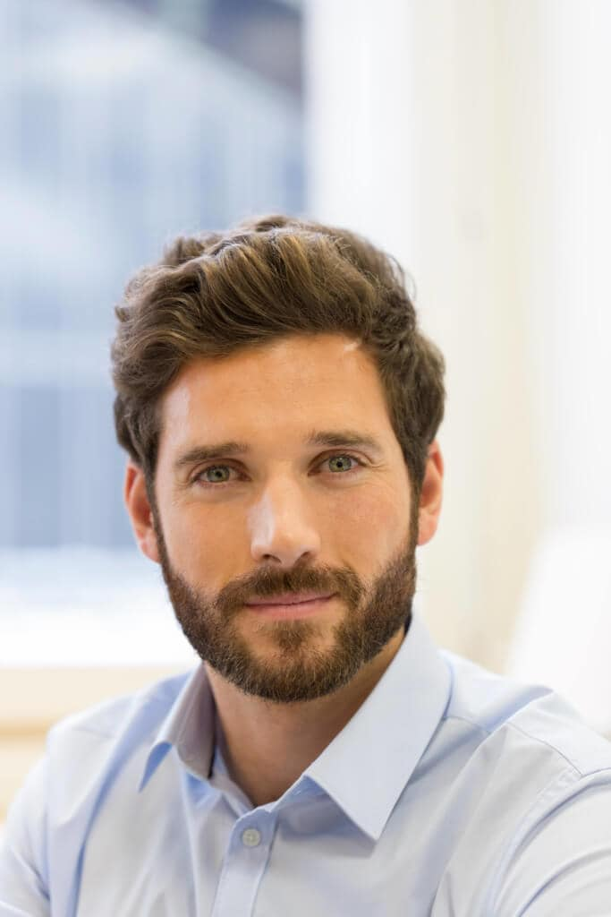 Cool Guy Haircuts and Hairstyles for Your Interview