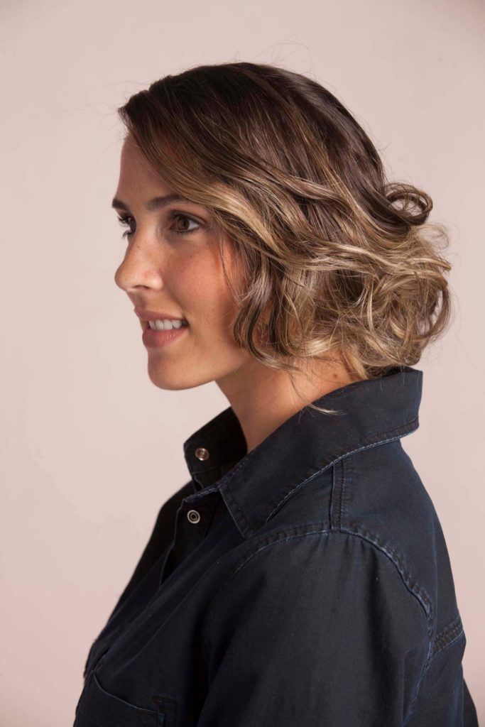 a gorgeous wavy hairstyle for your long bob