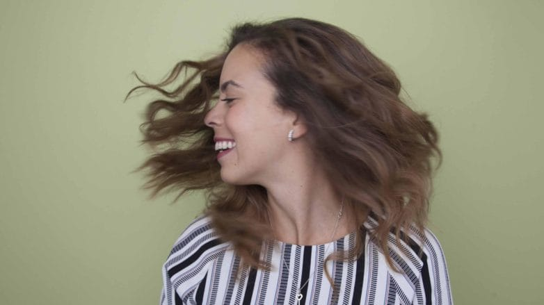 dry and damaged hair solutions swingy brown lob