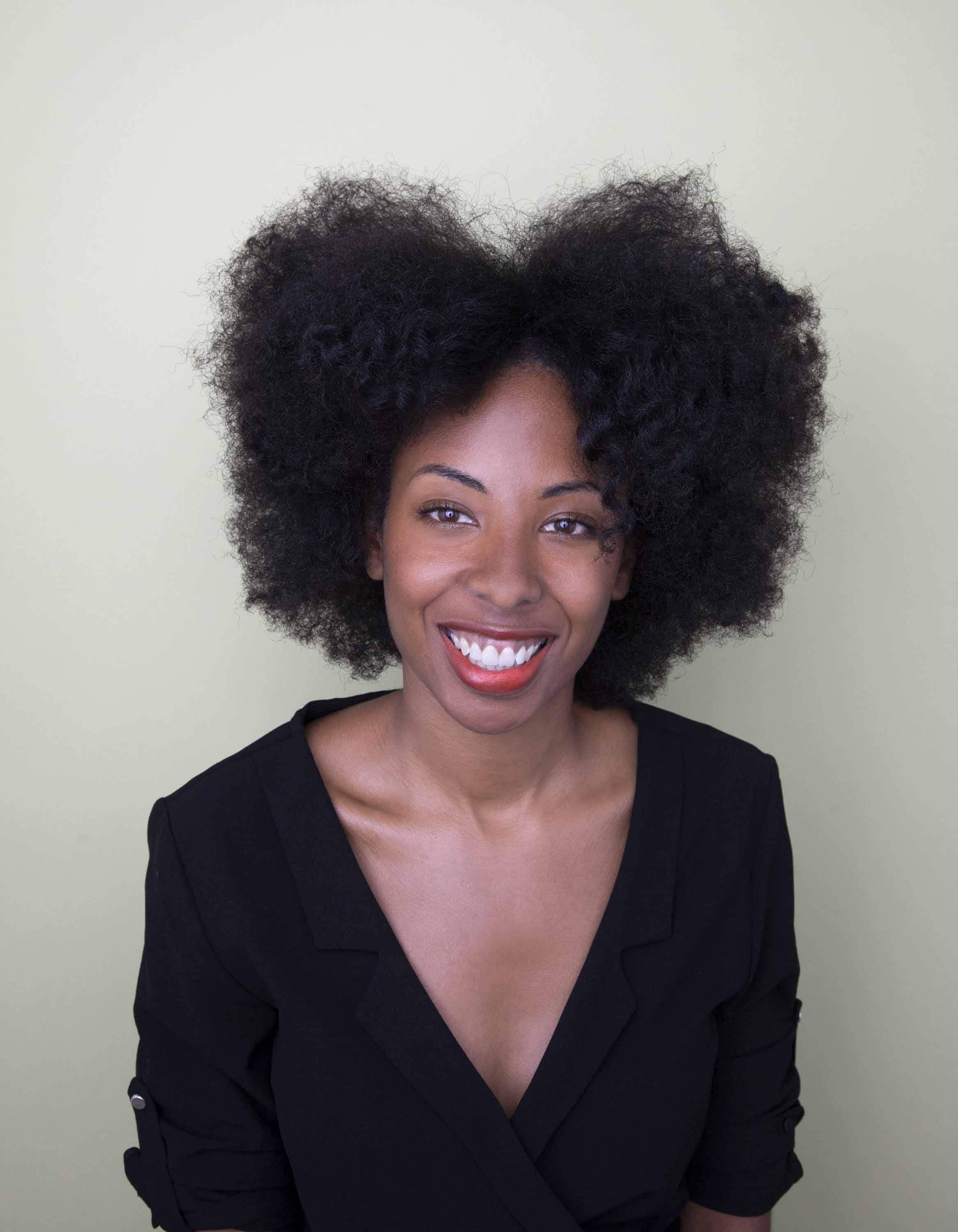 afro hairstyle side part