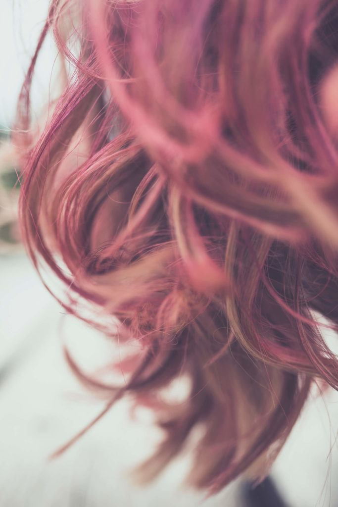 rose gold hair color: temporary highlights