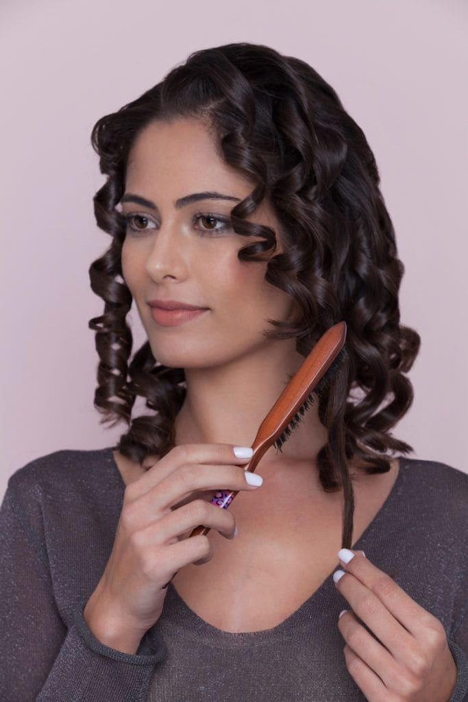soft hair waves tutorial brush curls