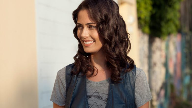 gorgeous soft hair waves medium length hair
