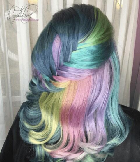 bold hair colors @cryistalchaos on Instgram