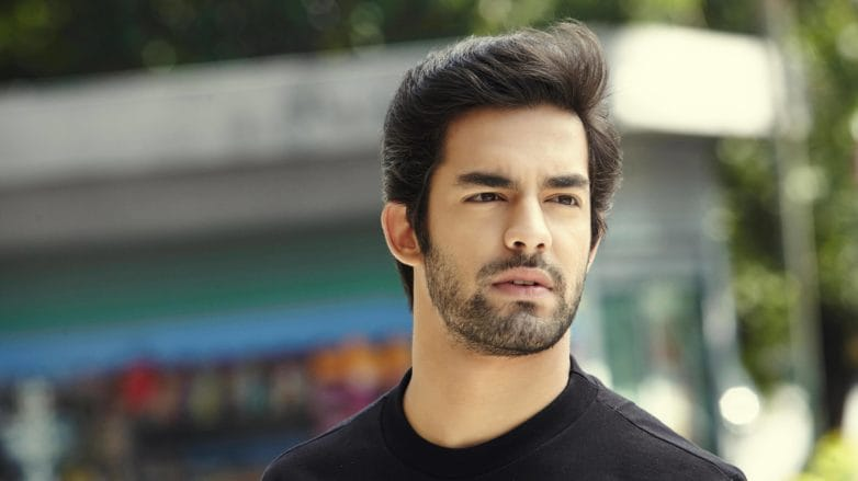 how to blow dry men's hair dark medium length