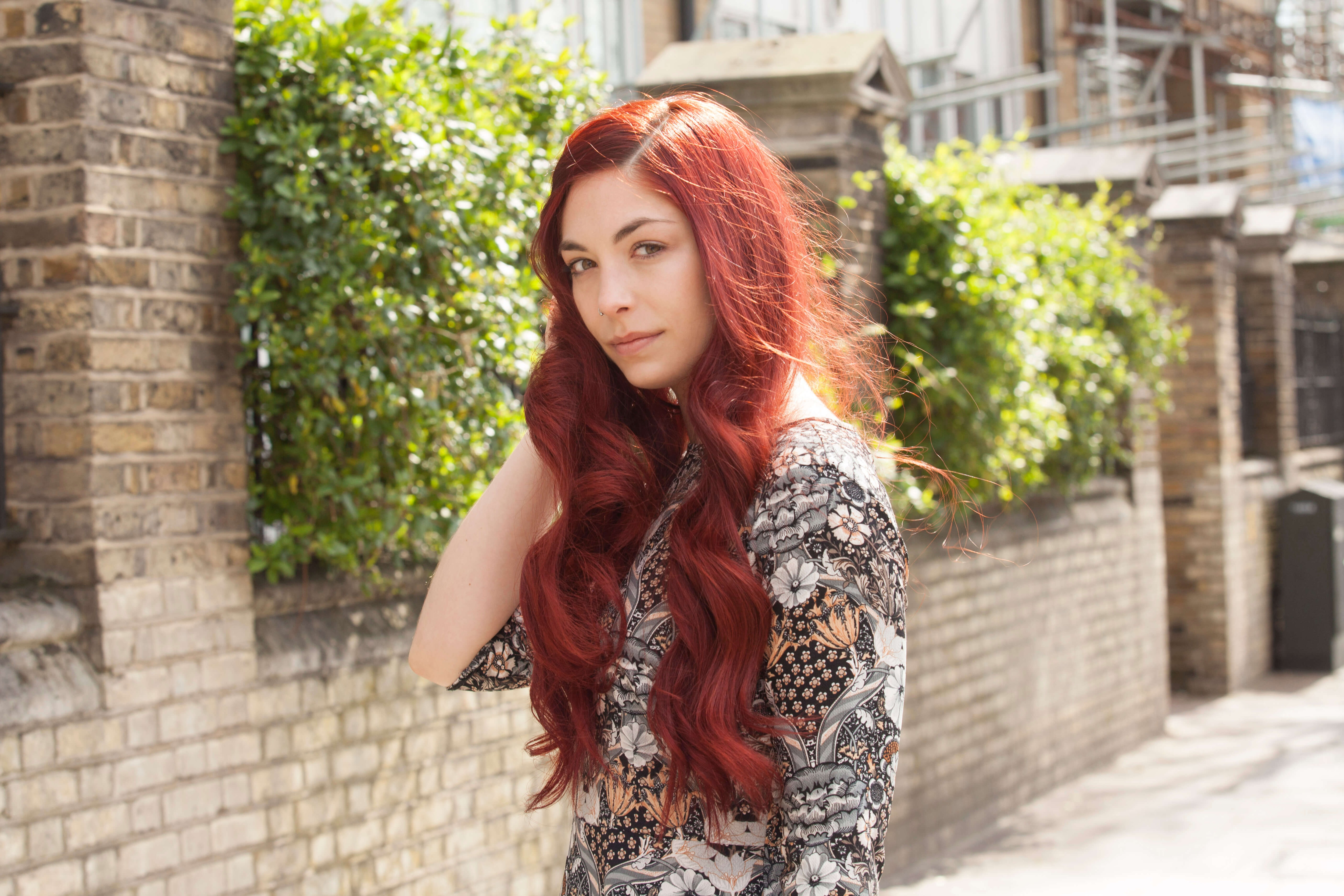 red hair color waves