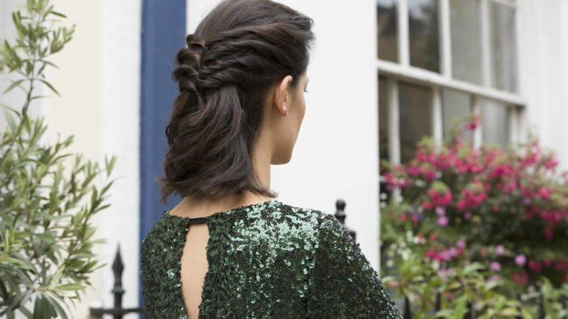 how to create the Twisted Half-up Ponytail