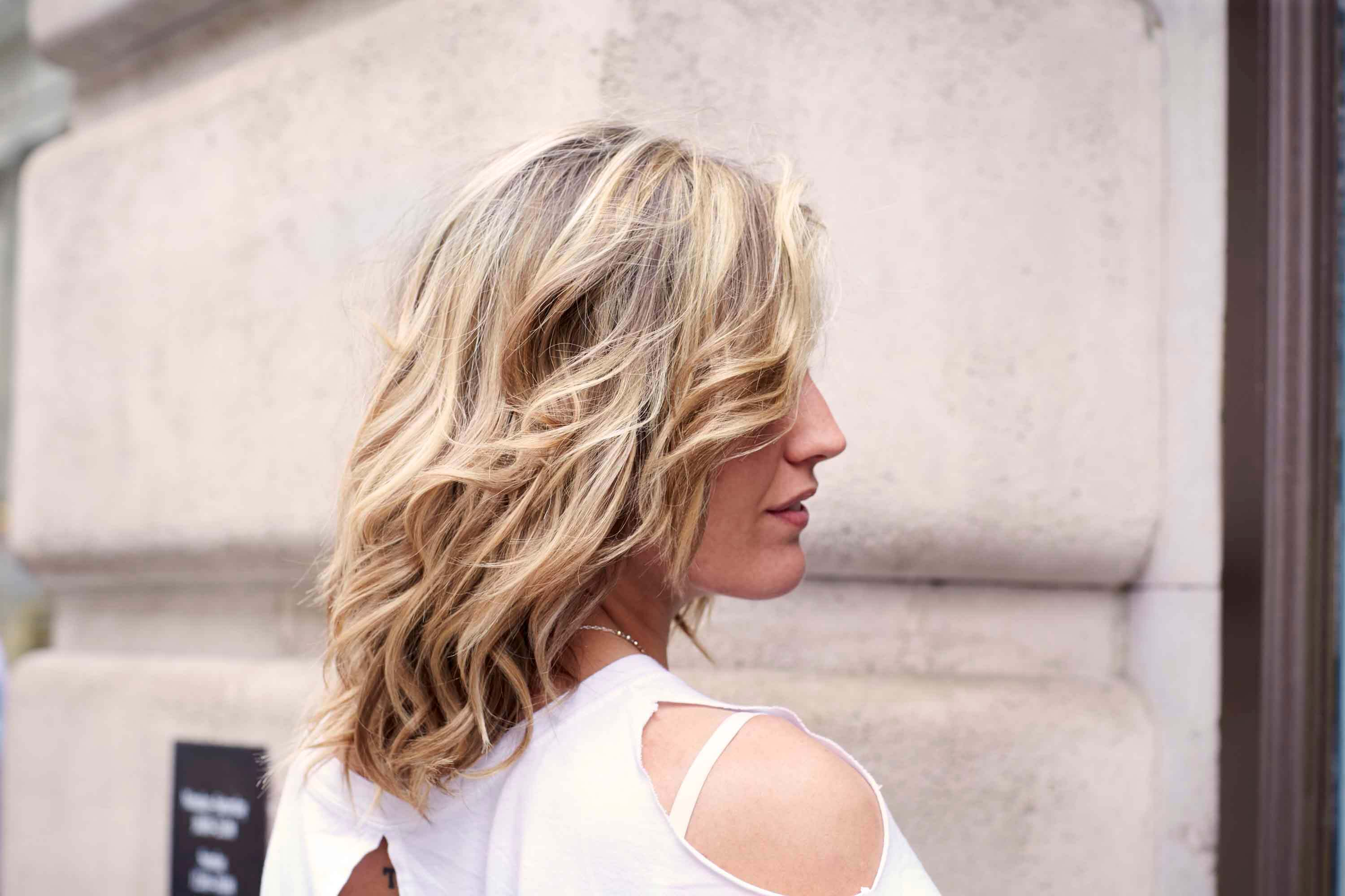 long bob cut layered blonde waves