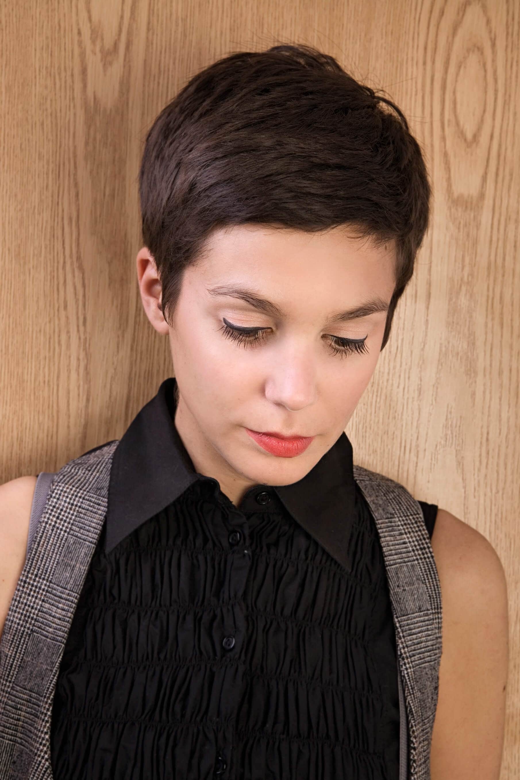 vintage-inspired haircut pixie