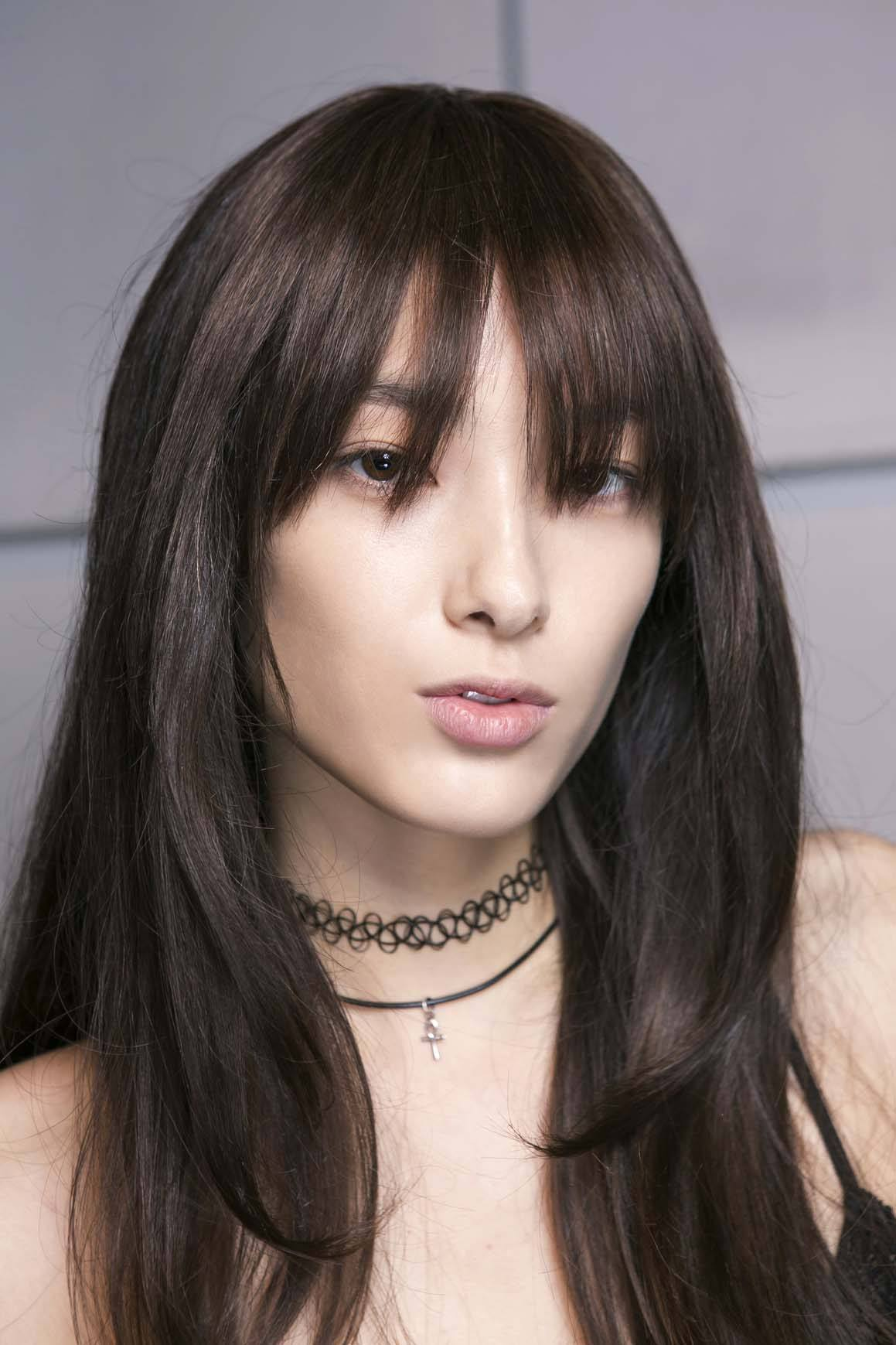 Straight hairstyles for square faces bangs