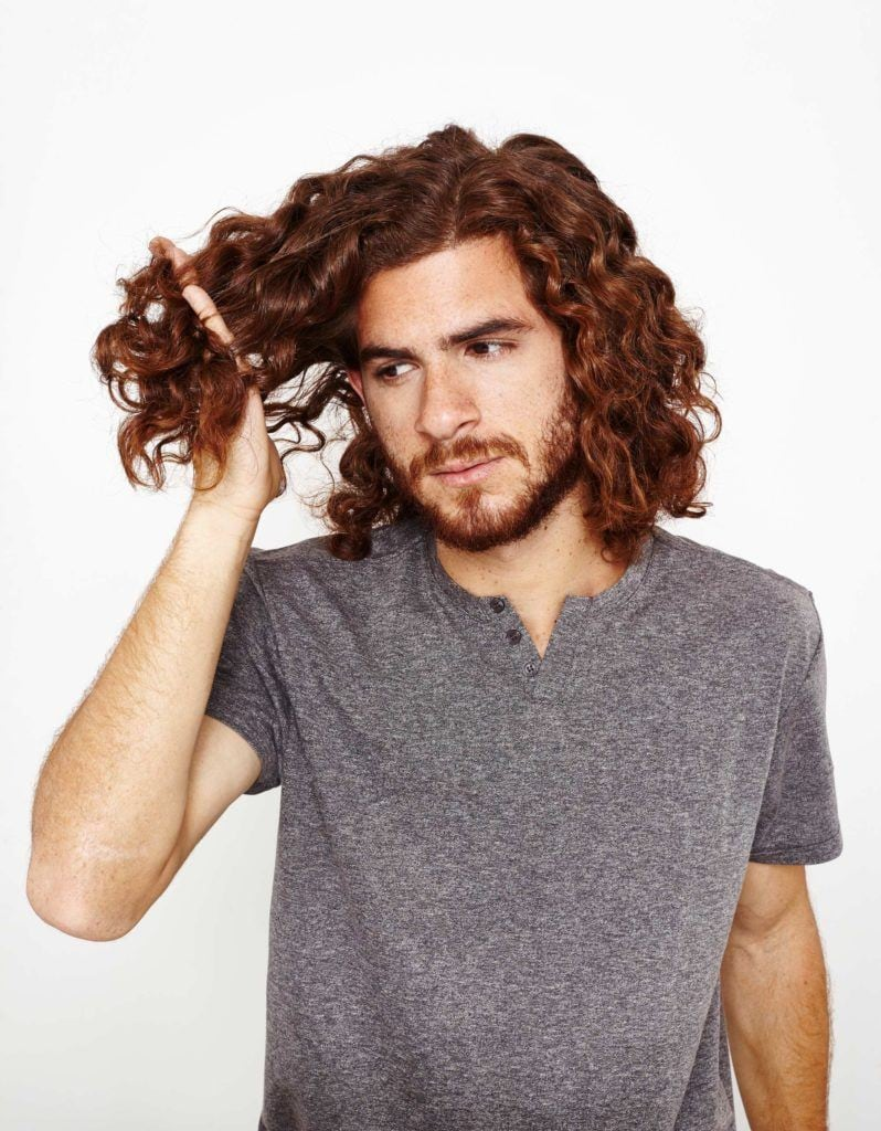 creating defined curls for men rake your hair