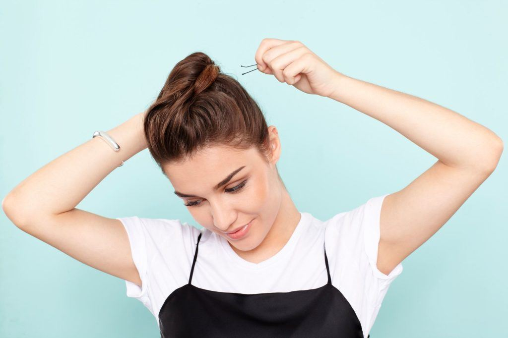 faux hawk tutorial pin the ponytail