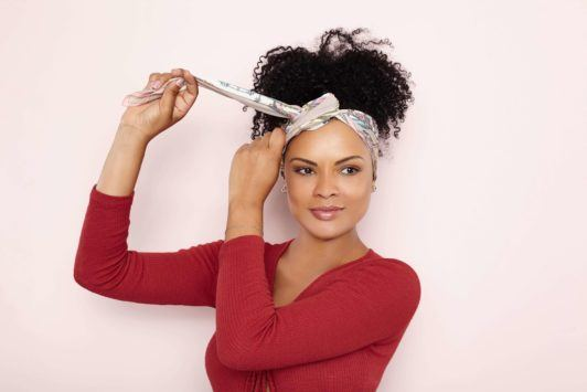 how to wear a headscarf knot and tuck ends