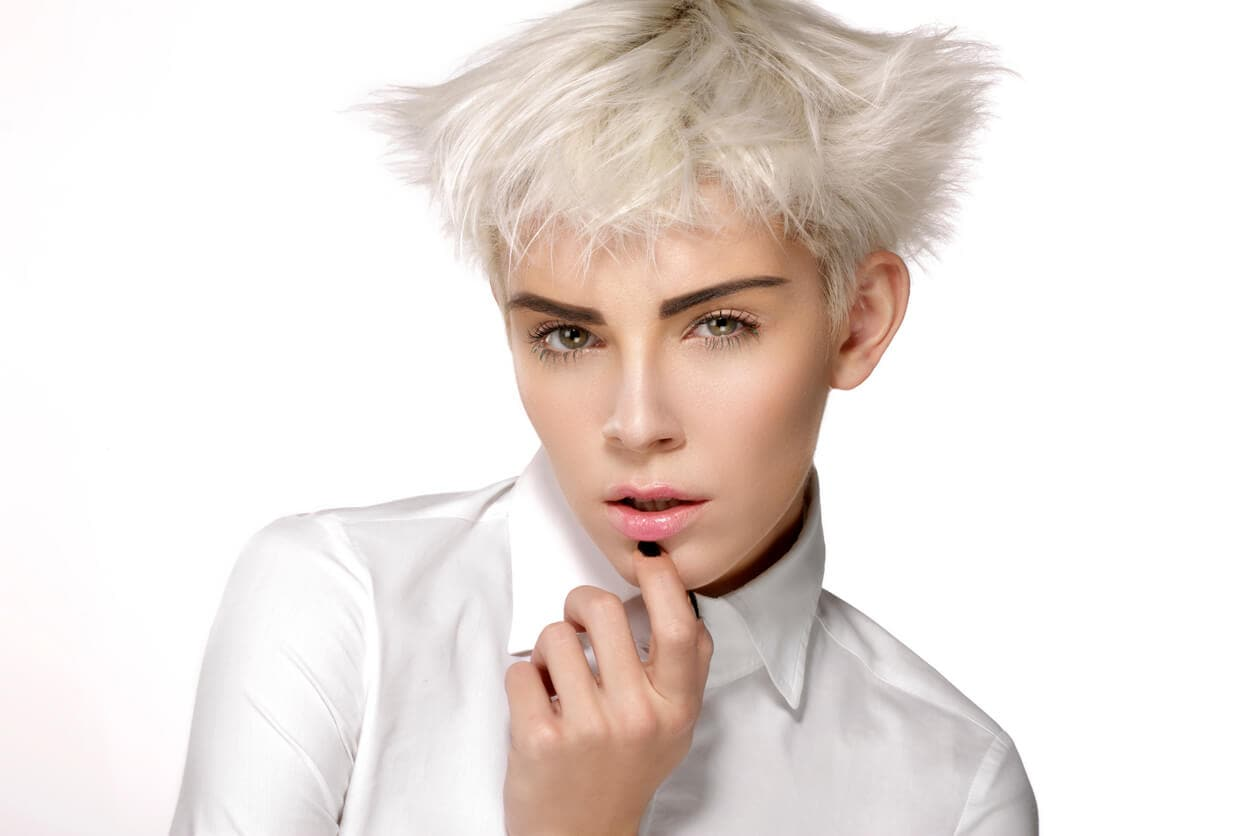 how to style straight hairstyles for short hair wings