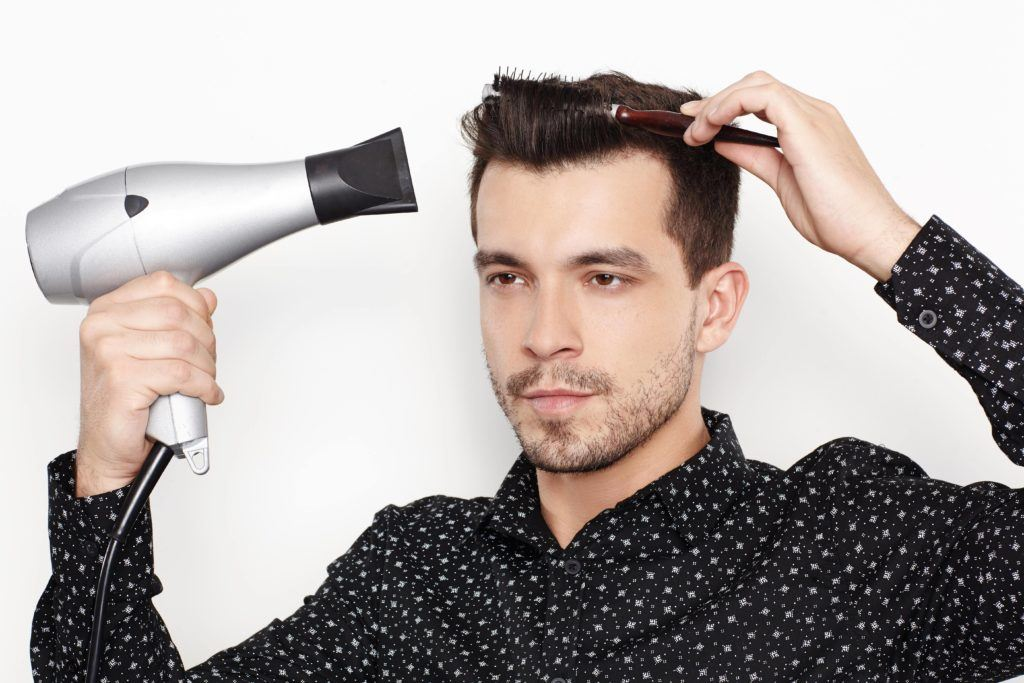 blow-dry your quiff on short hair using a brush