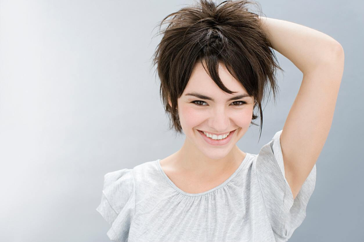 how to style straight hairstyles for short hair piecey