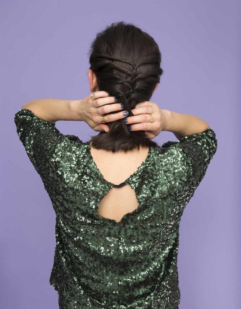 how to create a twisted half-up ponytail tuck your hair