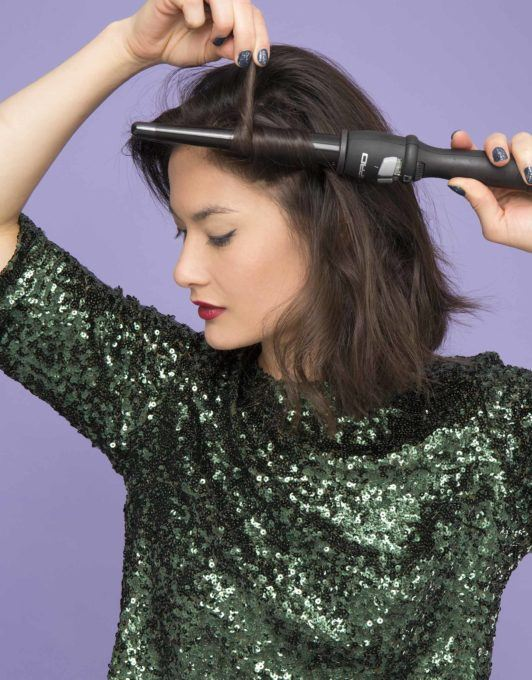 how to create a twisted half-up ponytail add waves