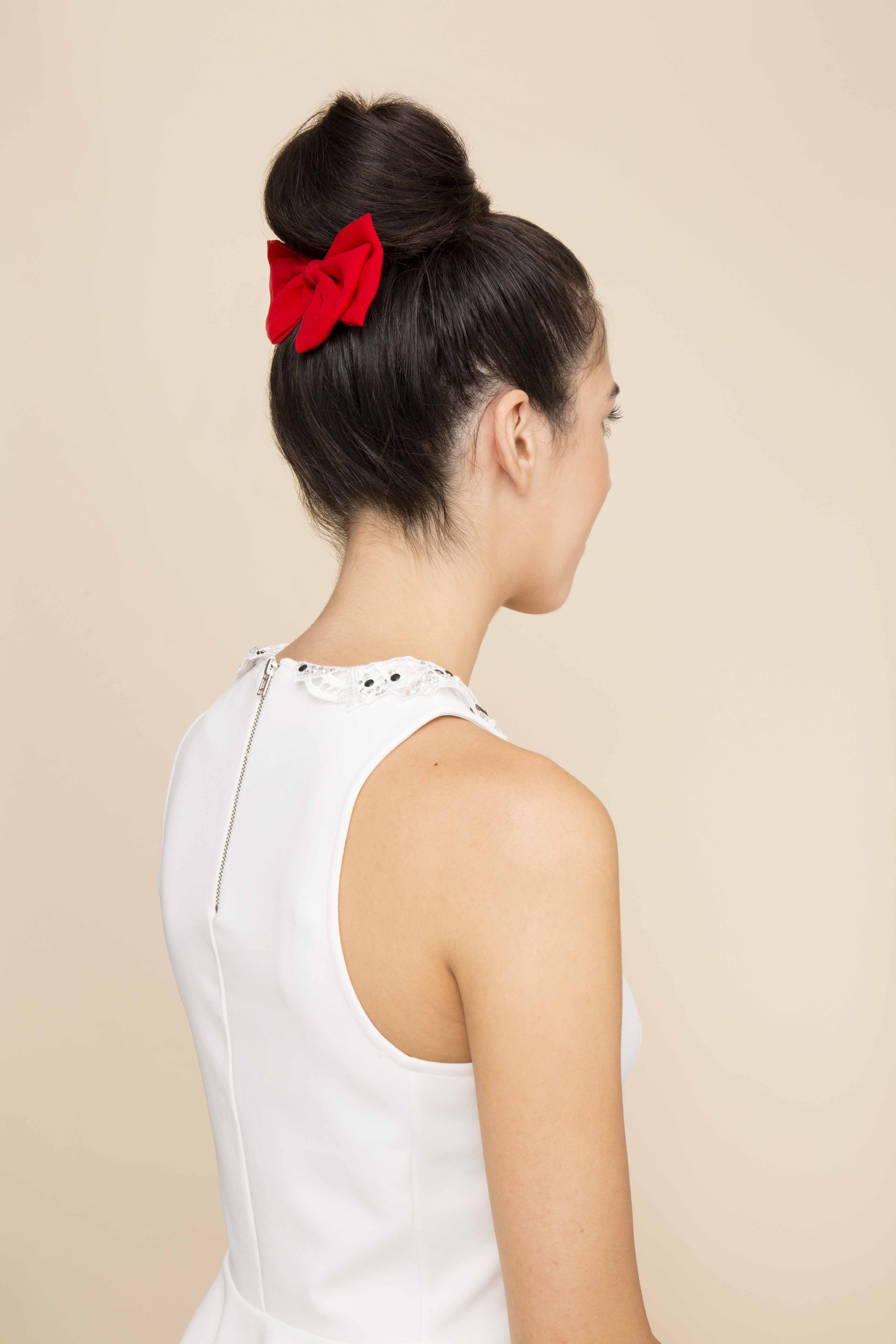 how to create a chic updo with bow hairstyle