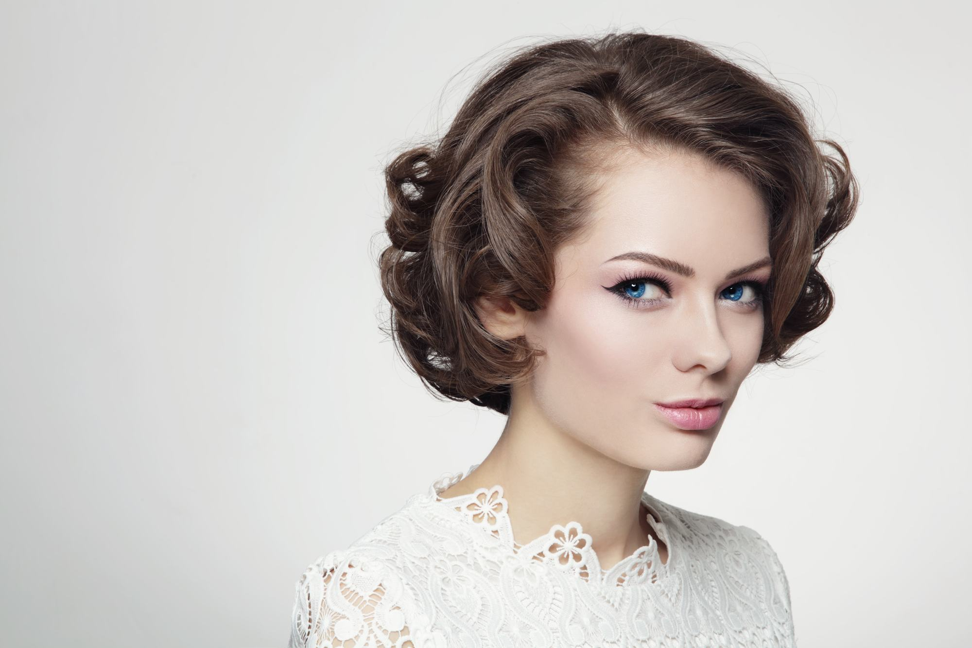 Admirable Vintage 60S Hairstyles How To Re Create 2 Iconic Styles On Your Own Schematic Wiring Diagrams Phreekkolirunnerswayorg
