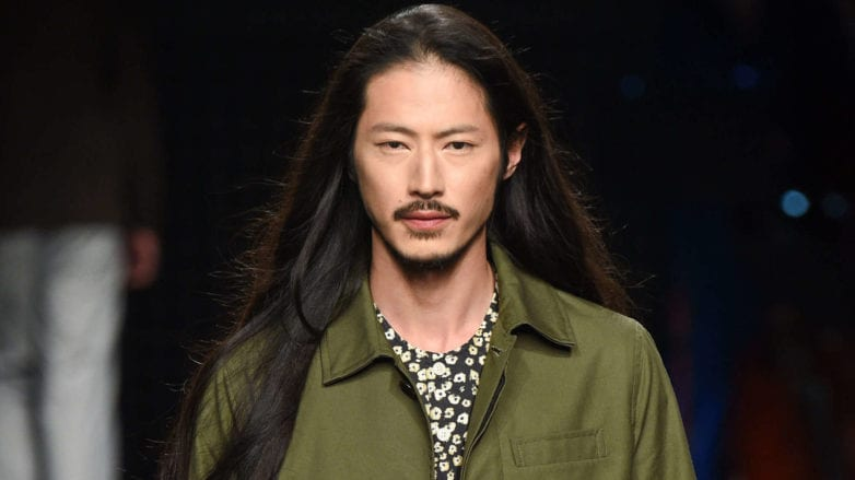 Long Men S Hair 6 Styling Tips You Need For Your Mane