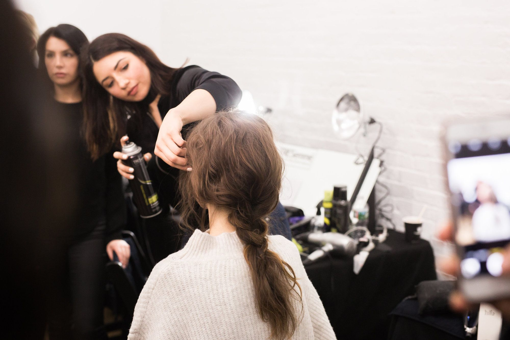 justine marjan creating slept in texture hairstyles for creatures of comfort show