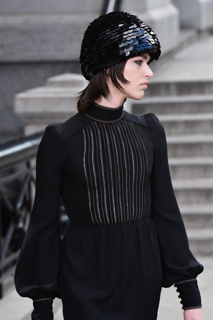 Strange 14 Ways To Wear Bob Hairstyles With Hats As Seen At Nyfw Schematic Wiring Diagrams Amerangerunnerswayorg