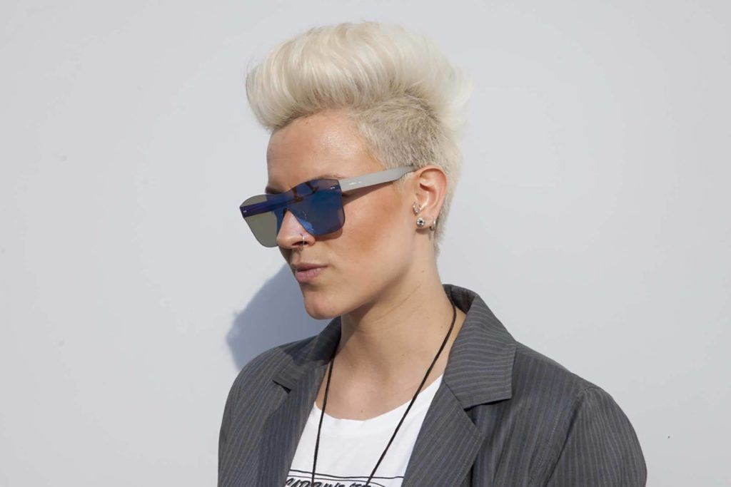 8 Fashionable Mohawk Hairstyles for Women: From Haute to ...