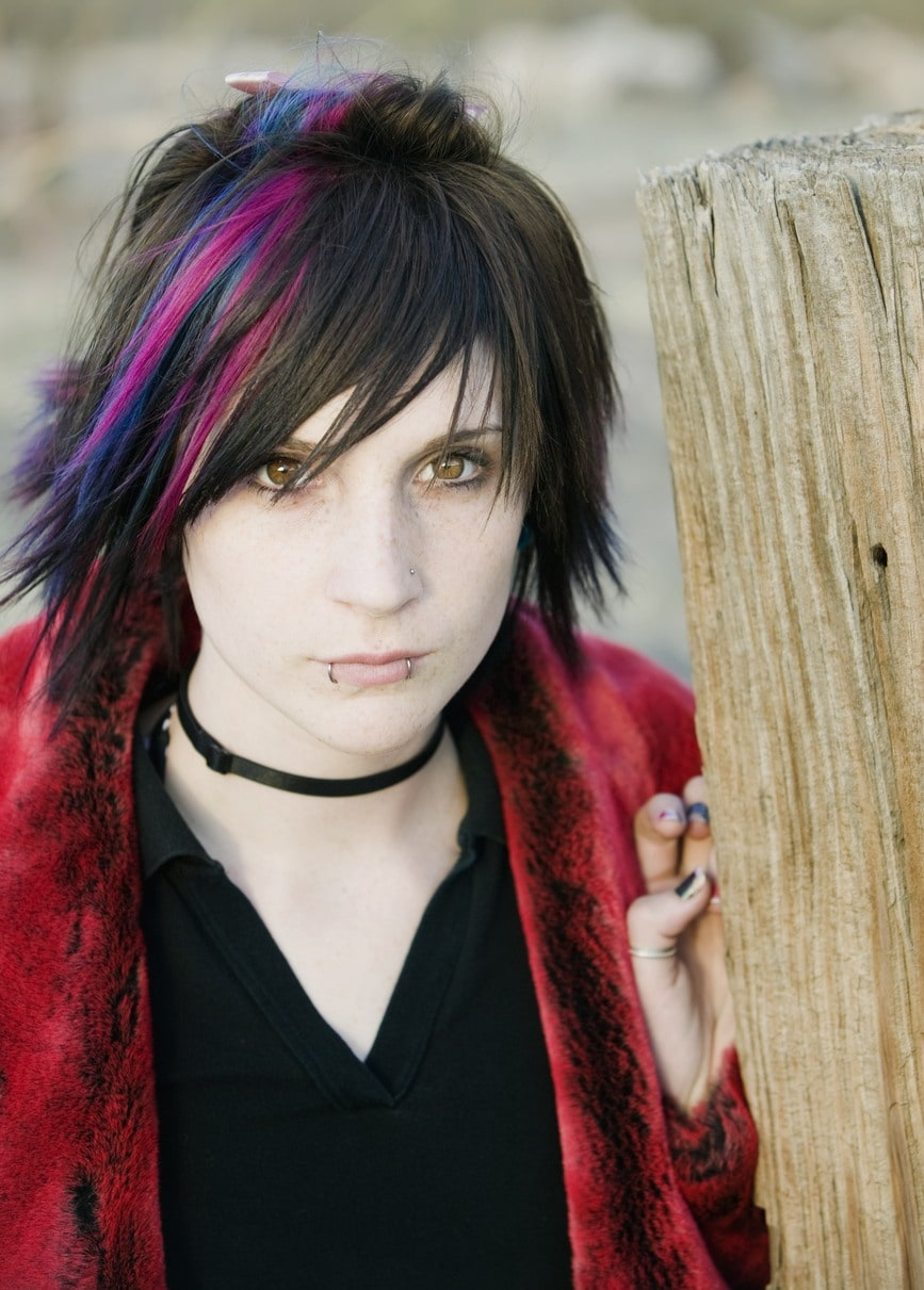 Short Emo Hair: How to Create and Maintain This Hairstyle