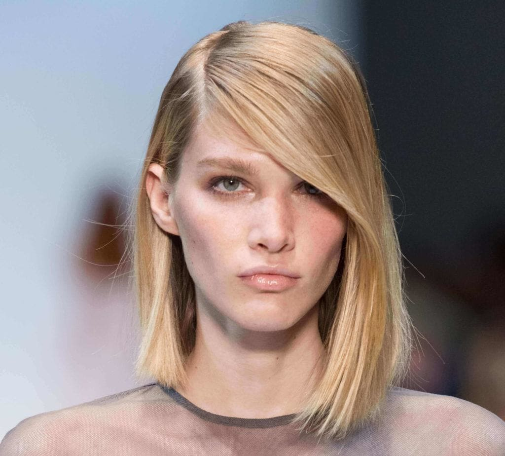 short haircuts for 2019: modern bob