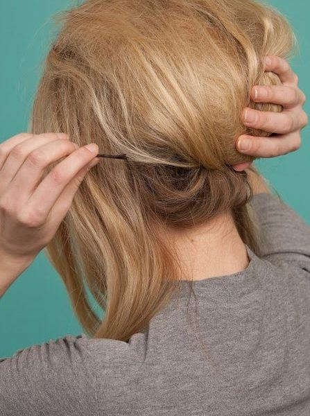 60s hairstyles tutorial: pin your hair in place