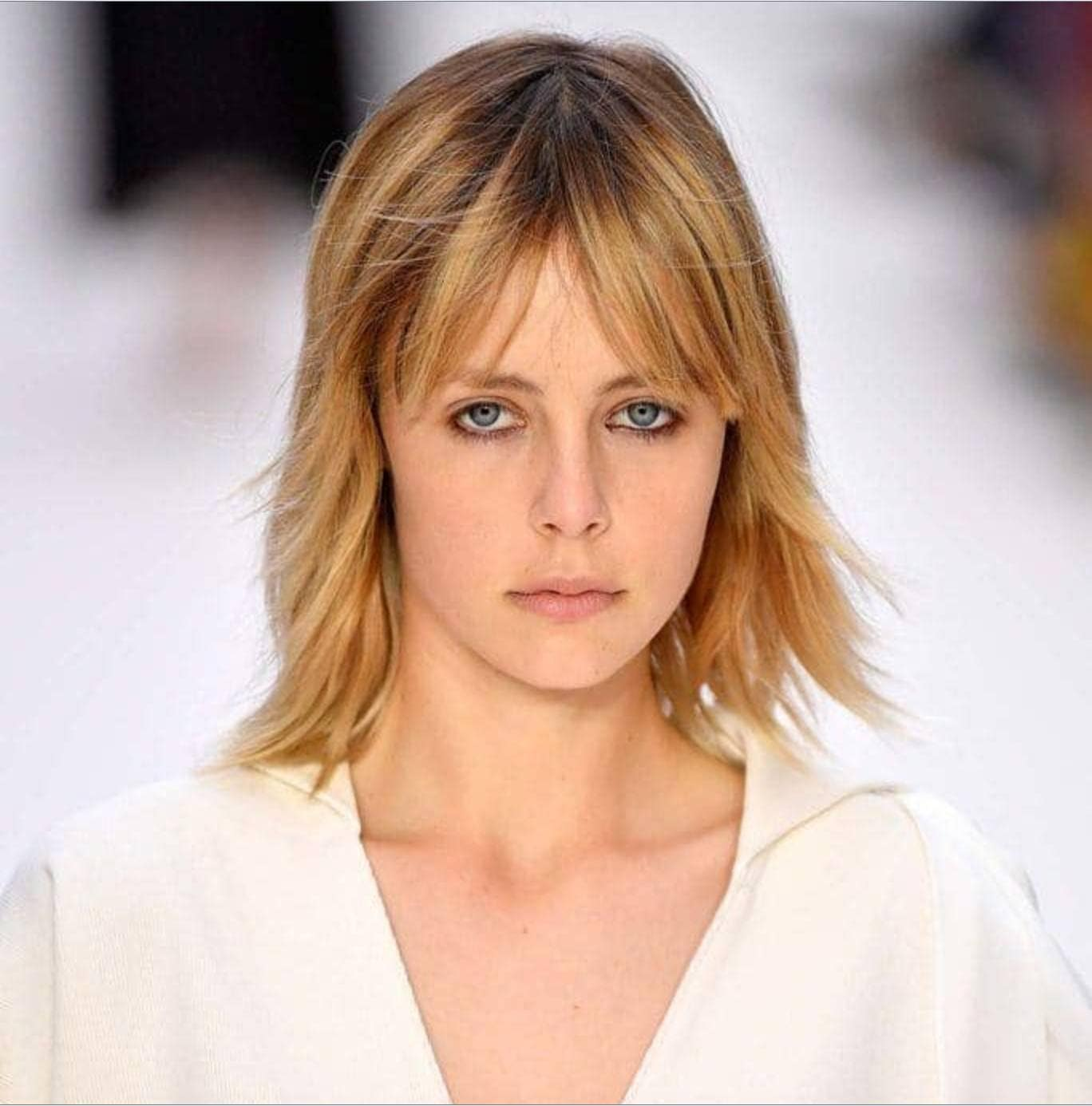 34 Best Red and Blonde Hairstyles and Haircuts for 2019