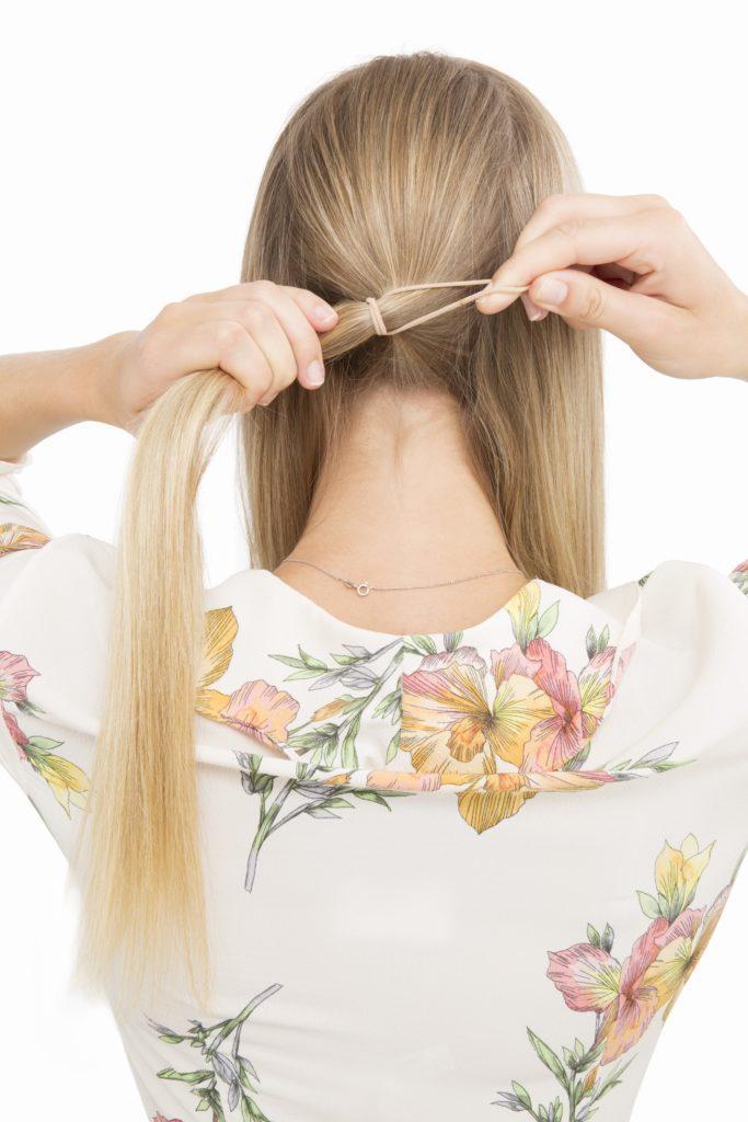 banana bun create ponytail