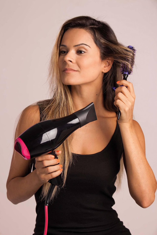 round brush to create blowout hair