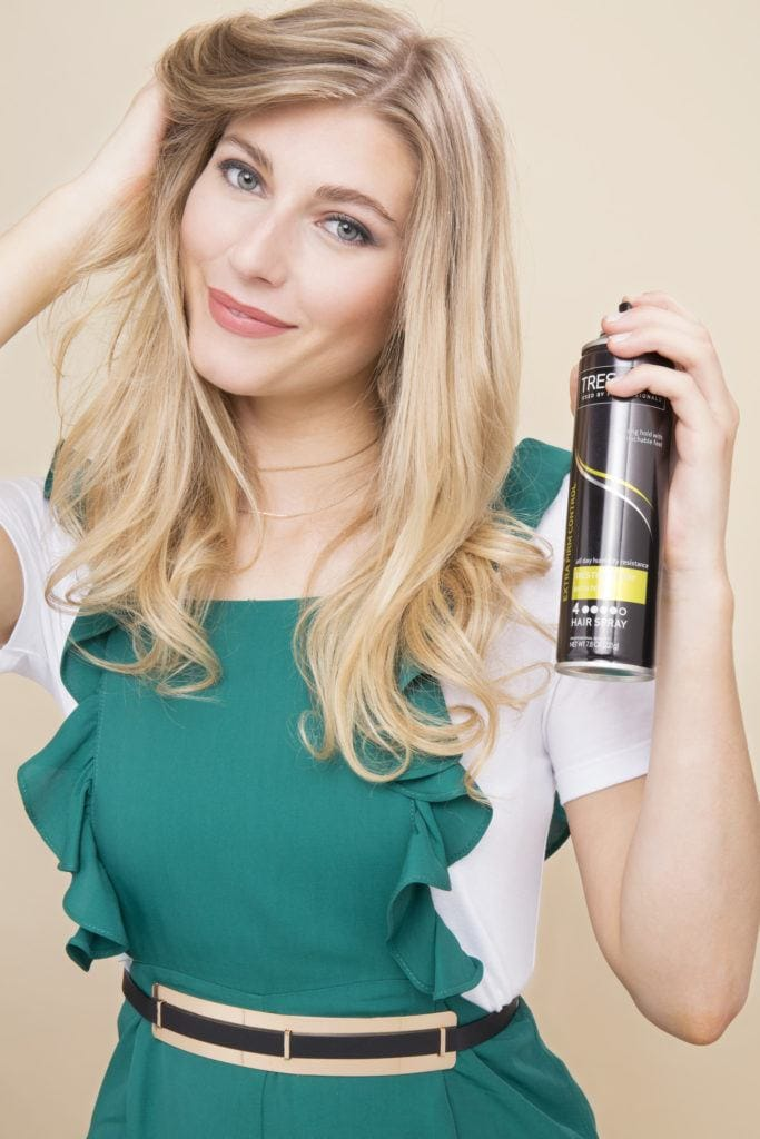 soft retro curls: hair spray
