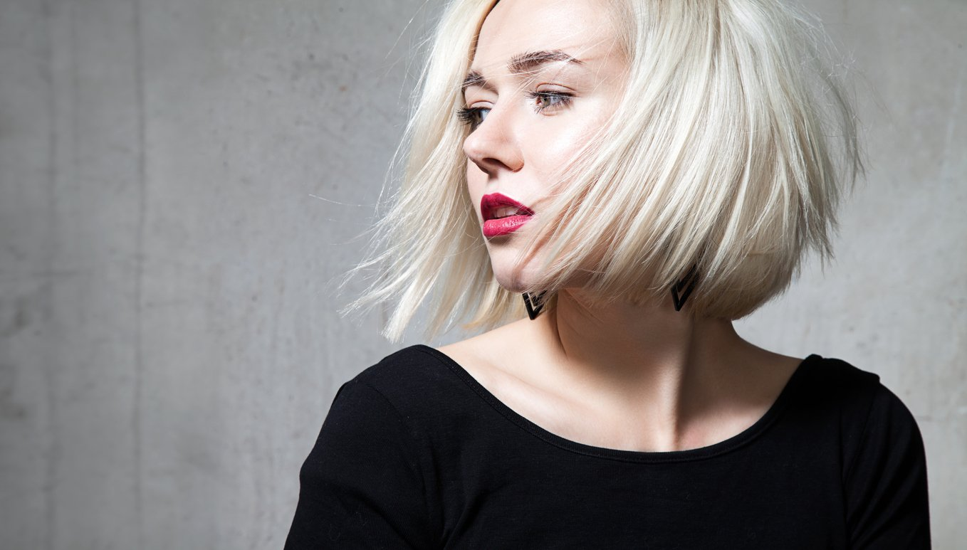 asymmetrical bob: platinum blonde