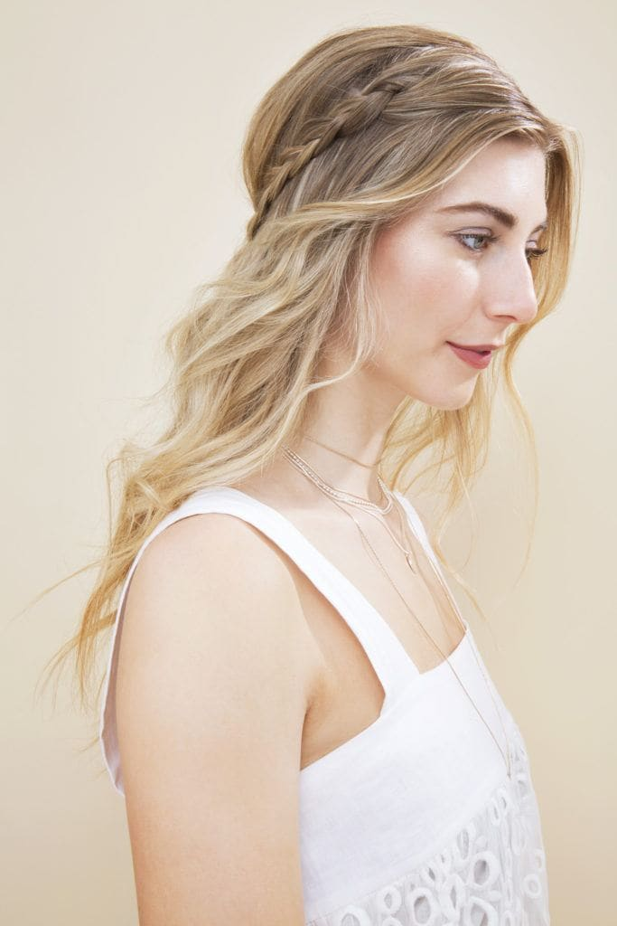 half-up braided hair: final style