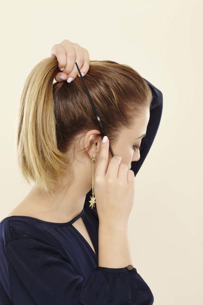 align your high ponytail