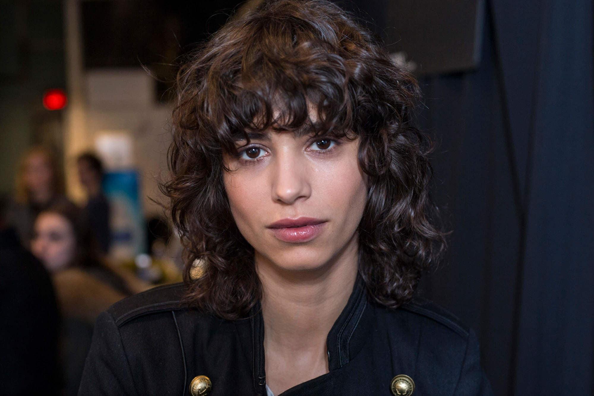 curly hair shag