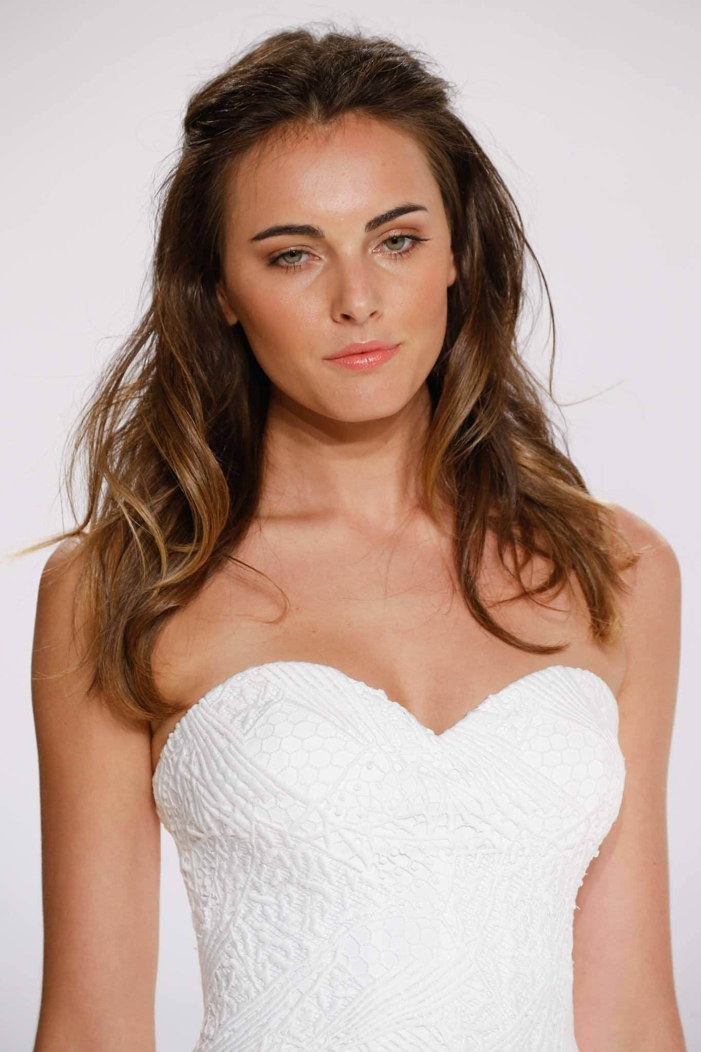 42 Fun To Wear Half Up Half Down Wedding Hairstyles